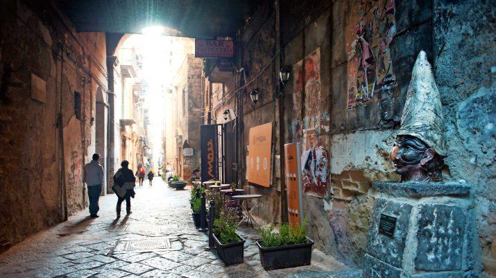 Foto DOVE Travel Issue: Napoli, appunti per un weekend