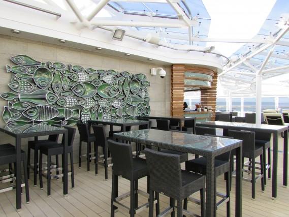 Uno dei bar della MSC Meraviglia.