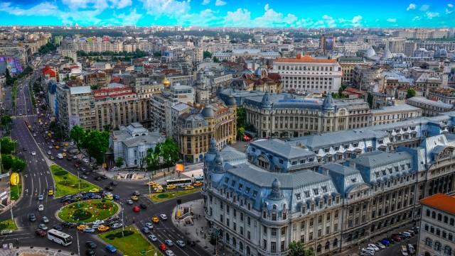ROMANIA – 30 giorni anche per la Romania, di cui 20 pagati e 10 di festività nazionali (in foto: vista di Bucharest).