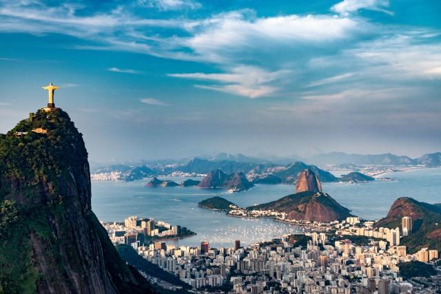 BRASILE – Medaglia d'oro va al Brasile che con 30 giorni pagati e 11 giorni di festività nazionali, per un totale di 41 giorni, è il Paese con più vacanze al mondo.