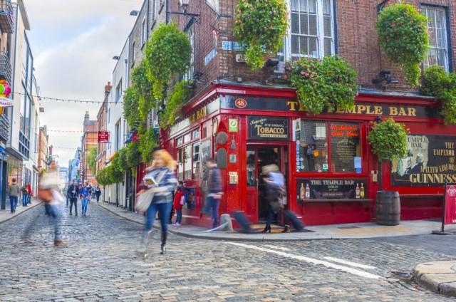 IRLANDA – come in Germania, anche in Irlanda i lavoratori hanno 29 giorni di ferie retribuite. 20 pagati e 9 di festa nazionale.