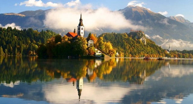 SLOVENIA – Aumentano i giorni di ferie in Slovenia. Sono 33, di cui 13 di festività nazionali.