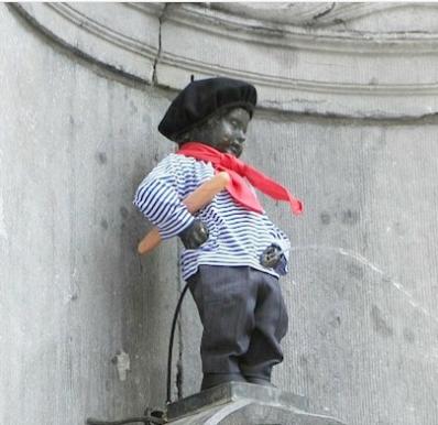 36. #MannekenPisIl discolo ragazzetto che fa pipì, o Manneken-Pis, è molto amato dai cittadini di Bruxelles. La piccola statua in bronzo è ancheun irriverente simbolo delle proprie vacanze belghe, e come tale è stato oggetto di ben75,844 immagini postate su Instagram com l'hashtag#MannekenPis.