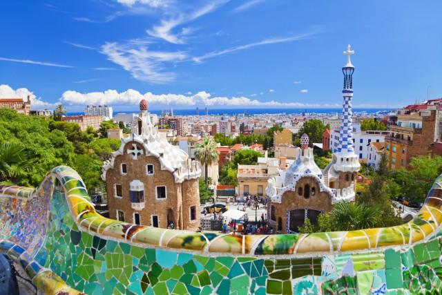 49. #ParkGuellBarcelonaTra mosaici, ceramiche e vetro colorato ad adornare palazzi e terrazze dalle forma più inconsuete, il parco diGüell è uno degli angoli più amati dai turisti che visitano Barcellona. Attenzione però, l'hashtag di maggior successo, se si vuole postare l'immagine su Instagram, non è #Guell e neppure #ParkGuell, ma#ParkGuellBarcelona (4.053 utilizzi)
