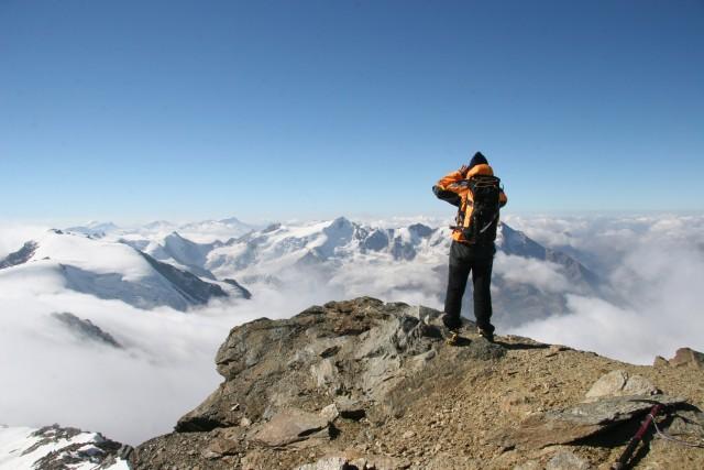 Trekking e alpinismo sono tra gli sport più praticati in Valtellina. Merito della natura incontaminata che regala passeggiate emozionanti