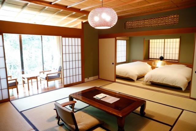 Si dorme al RyokanKayotei, che vanta anche un buona ristorante tradizionale.