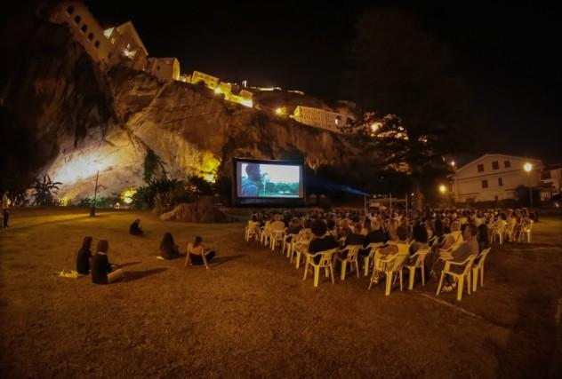 Un momento de La GuarimbaInternational Film Festival dell'anno scorso. La prossima edizione è in programma dal 7 all'11 agosto al Parco LaGrotta di Amantea (CS)