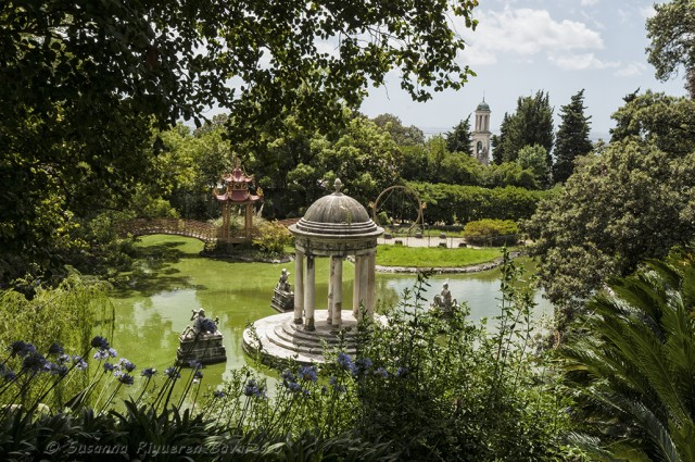 Villa Durazzo Pallavicini, che si trova nel quartiere del ponente genovese di Pegli, è considerato uno dei parchi romantici più originali del mondo. Voluto dal marchese Ignazio Pallavicini, fu ideato e realizzato nel 1840 dallo scenografo Michele Canzio