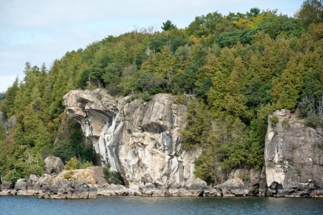 Red Rocks Park, Vermont Ancora una località di lago per salti spettacolari da scogliere alte oltre venti metri, perfette per allenarsi alle altezze dei campionati del mondo.