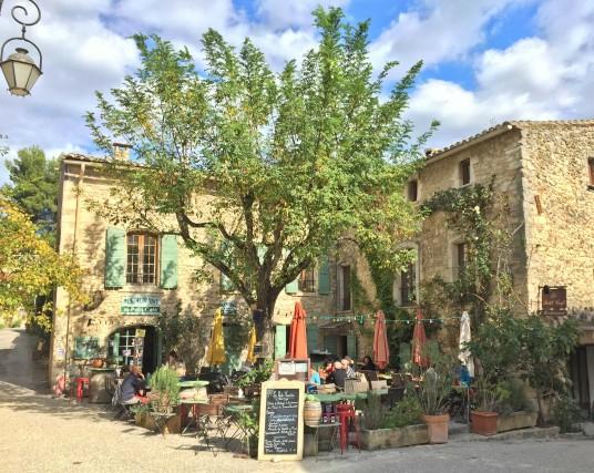 Le Petit Café, a Oppède le Vieux.