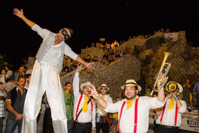 L'iniziativa Borgo inVitaporta a Muro Lucano, in Basilicata Nord-Occidentale, una serie di iniziative culturali e gastronomiche organizzate dall'Associazione Muro inVita.