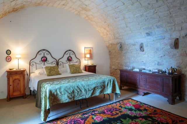 Una camera della Tenuta Cammarana.