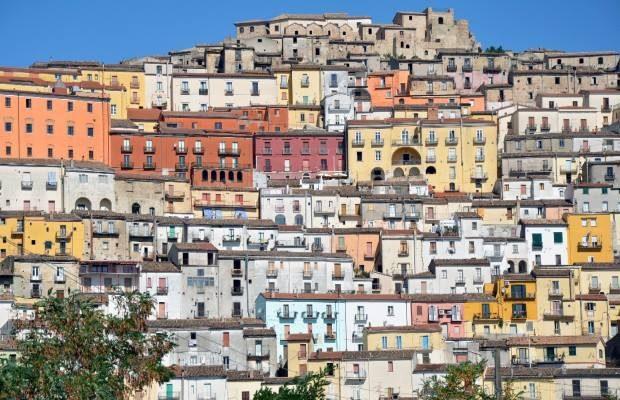 Foto Parchi letterari in Italia: a spasso tra le pagine