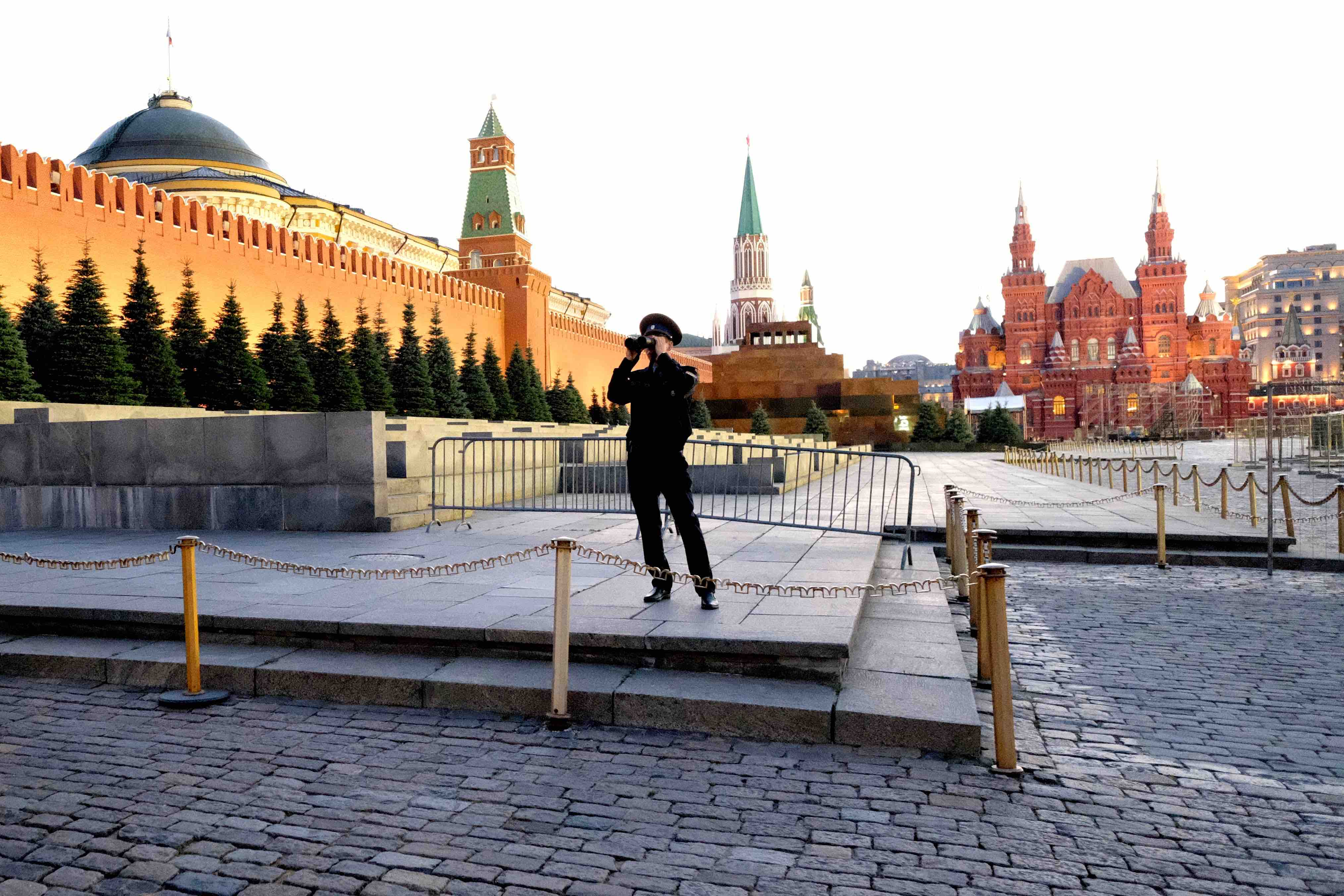 Mosca: cento anni di Rivoluzione e non sentirli