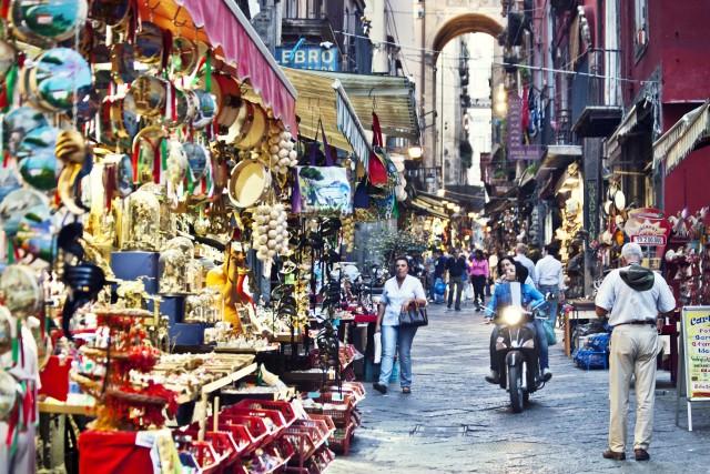 Trekking urbano: venti itinerari in giro per l'Italia