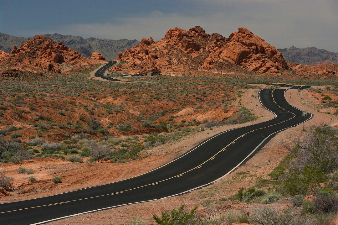 On the road in California del Sud