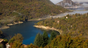 Panoramic view of Turano lake in lazio with fog