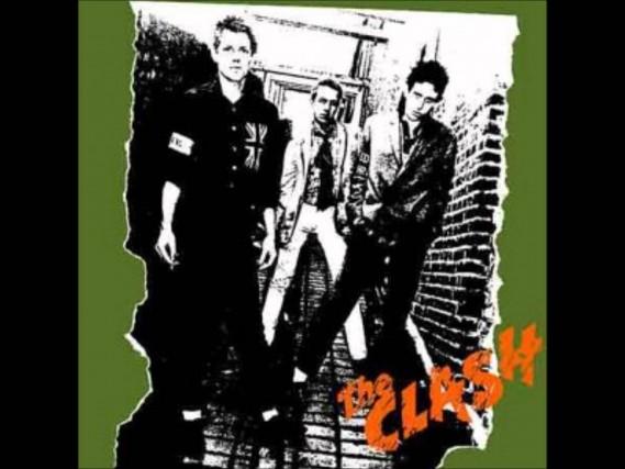 Ha compiuto quarant'anni lo scorso 8 aprile: l'album The Clash con il quale è iniziata l'avventura del gruppo simbolo del punk inglese mostra in copertina un'immagine scattata non distante dal luogo dove i Clash registrarono il loro lavoro, nel quartiere londinese di Camden.