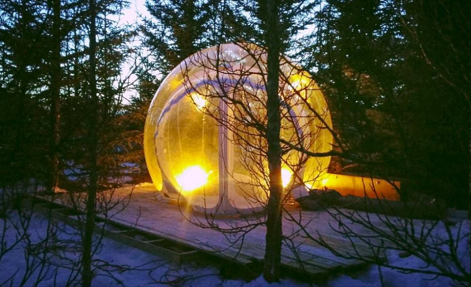 """Questa sì che è una camera con vista: Buubble, l'hotel a bolle da """"5 milioni di stelle"""""""