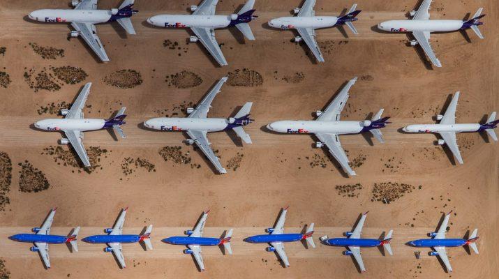 Foto Dalla fabbrica al cimitero, la vita degli aerei