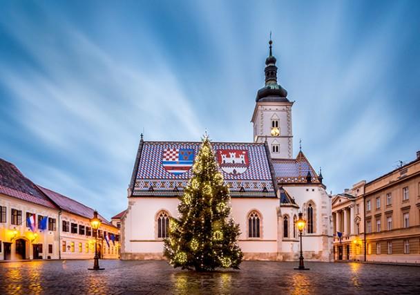La colorata Chiesa di San Marco è uno degli edifici più antichi di Zagabria e uno dei suoi simboli.