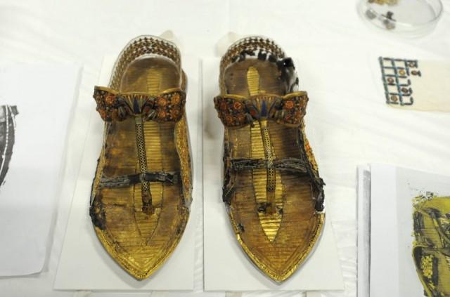 Come questisandali appartenuti al giovane faraone