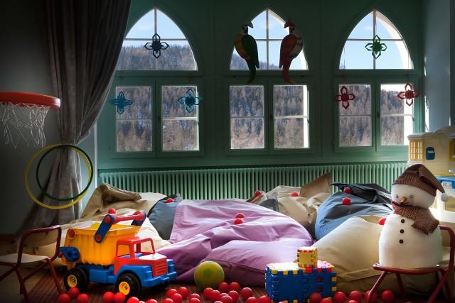 La sala giochi dell'HotelSchloss Pontresina Family & Spa, attrezzata anche con biberoneria.