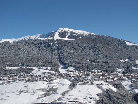 Folgariaè la più famosa delle tre località che compongono lo Skitour dei Forti, insieme a Lavaronee Fiorentini, a 20 minuti dal casello di Rovereto Nord