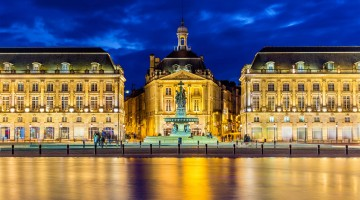Bordeaux-Place-de-la-Bourse-3