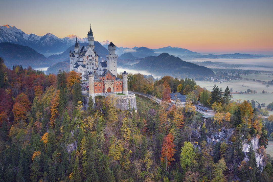 Romantische Strasse: il fascino inatteso di borghi e castelli della Germania