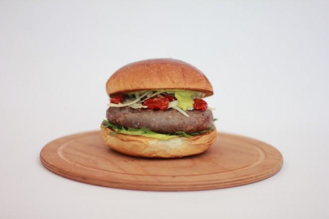 Bel Paese-panino italiano certificato_fatto da ham holy  burger