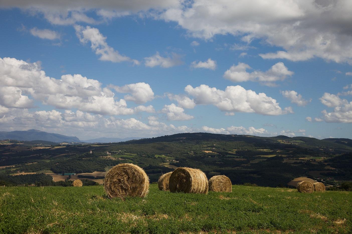 Pasqua in Umbria, tra colline e borghi, per gustare la primavera