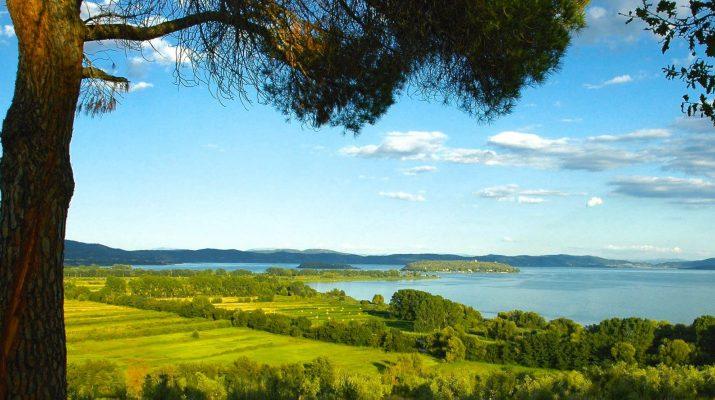 Foto In Umbria, itinerario tra i borghi a primavera