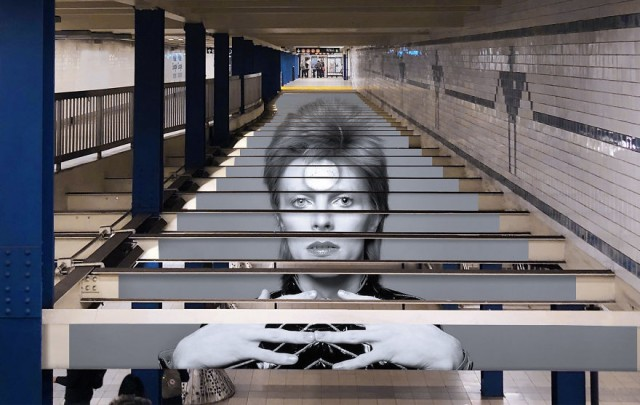 "La fermata ""David Bowie"" a New York"