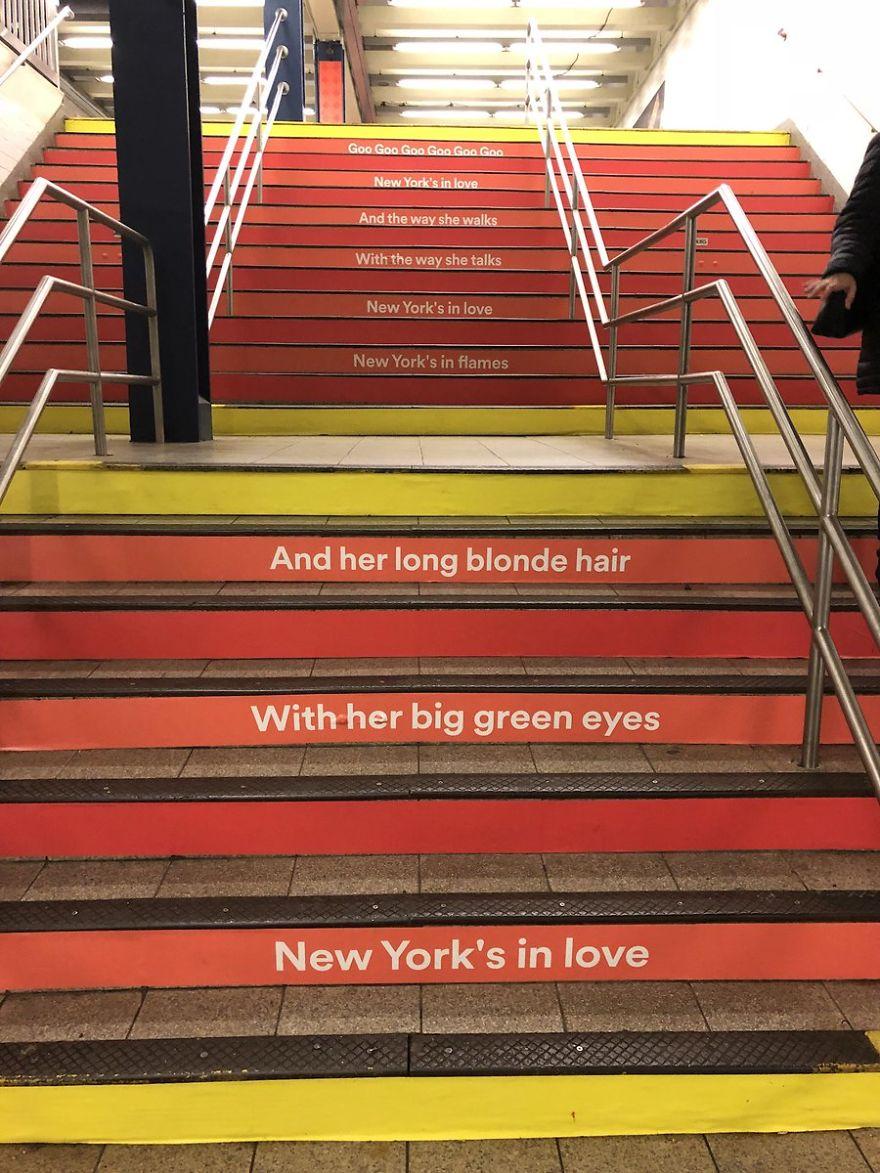 "La fermata ""David Bowie"" a New York"