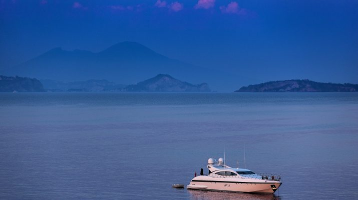 Foto Ischia, partenze di inizio stagione