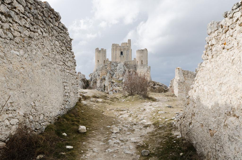 Rocca Calascio (9° tappa): natura e cinema