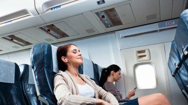 Come combattere lo stress da volo: 14 consigli