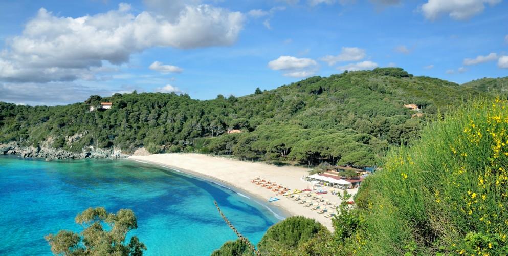 Mare da favola: le 30 spiagge più belle d'Europa da vedere quest'estate