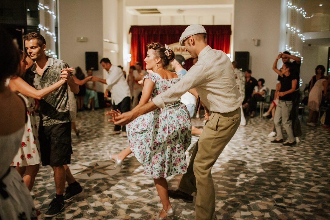 Il ritmo dell'estate: dove ballare città per città