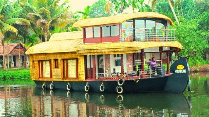 Foto Houseboat, gli itinerari più belli da prenotare per una gita