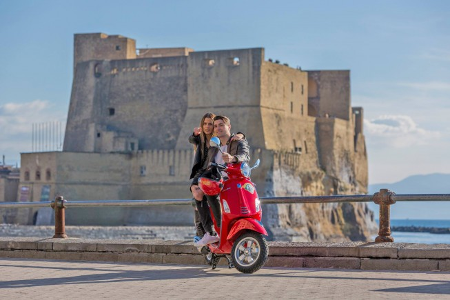 9-Vespa Sightseeing – Tour of Naples-2