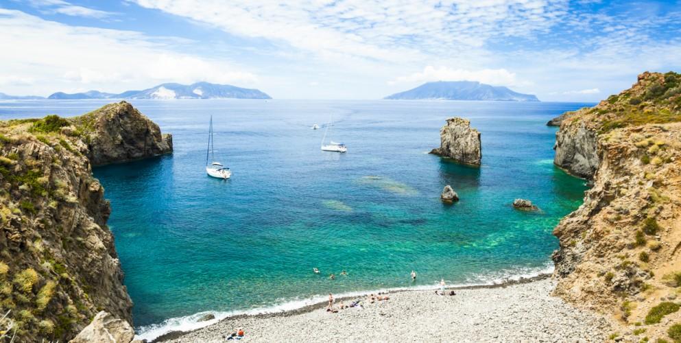 Sicilia, trenta spiagge (per tutti i gusti) che non dimenticherete