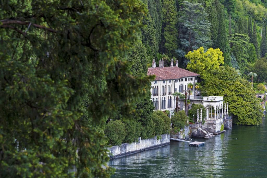 Villa Monastero, a Varenna, fotografata da Dario Fusaro per il volume I giardini del Lago di Como (Electa, 2018)