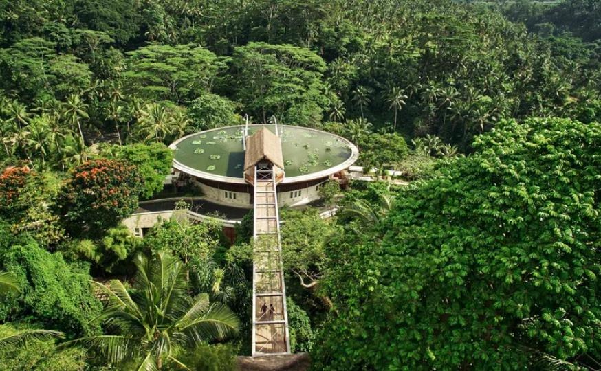Ecco l 39 hotel pi bello del mondo con una piscina di for L hotel piu bello del mondo