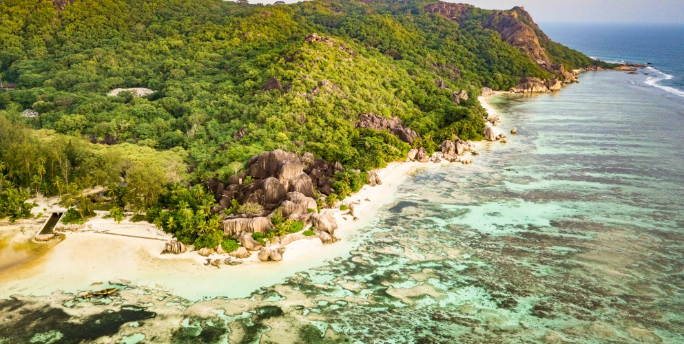 Vacanze green: 25 isole da sogno in cui le auto non possono circolare
