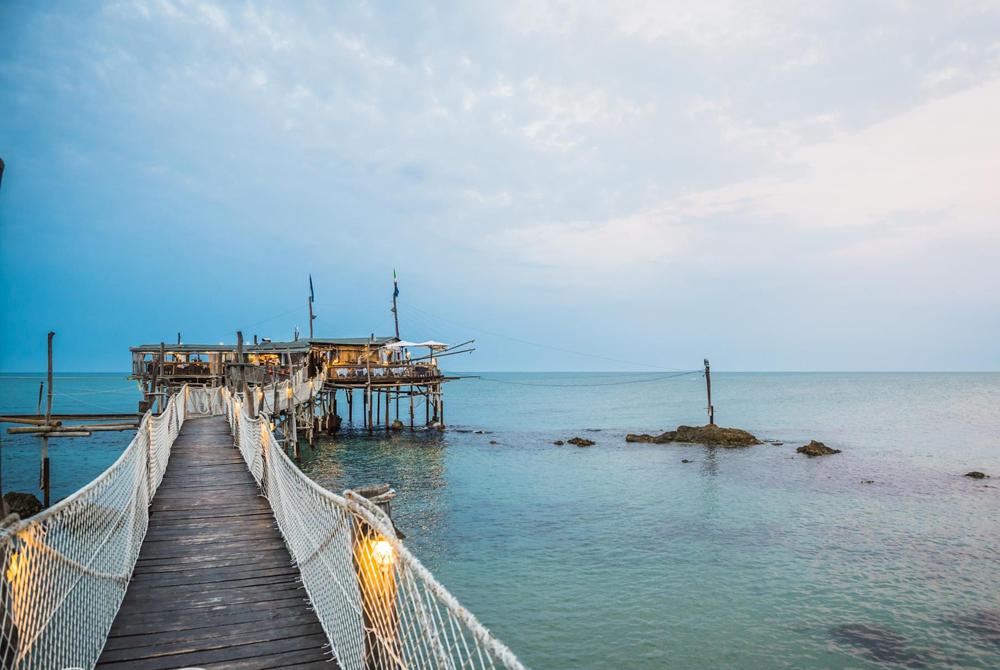 Ci fermiamo qui a cena? 15 ristoranti dove mangiare pesce