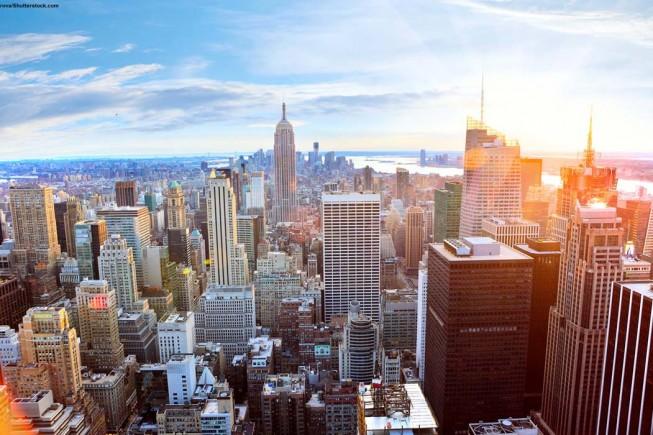 1. Aerial-view-of-Manhattan-skyline-at-sunset,-New-York-City_shutterstock_152295734