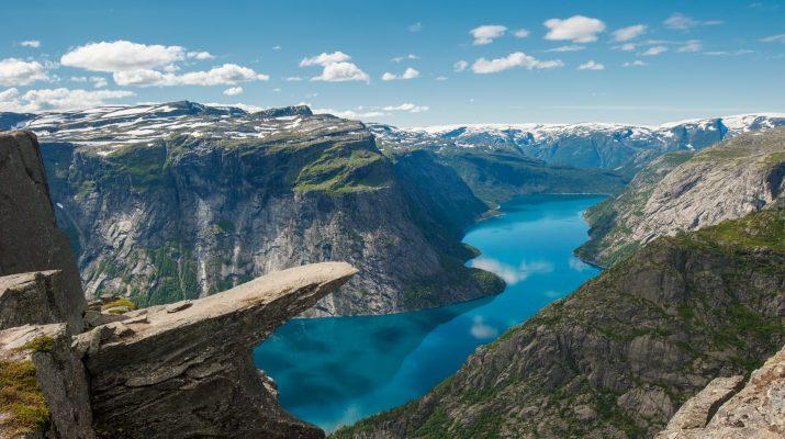 Foto Trekking in posti spettacolari nel mondo