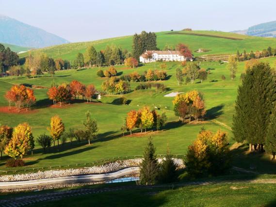 Foliage: 15 mete italiane per un autunno-show
